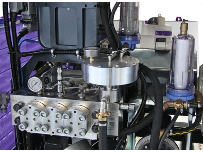 تجهیزات داخلی شوینده فشار قوی g585 از نزدیک