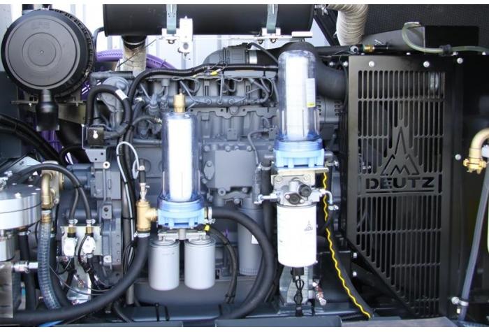 تجهیزات داخلی واترجت g556 بعنوان یک واتر جت صنعتی آب سرد