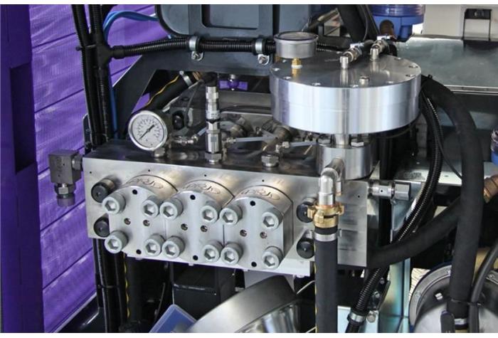ساخت تجهیزات داخلی واترجت g359 از قطعات بسیار باکیفیت