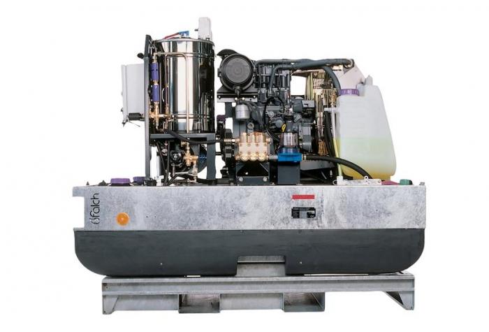 نمایی از تجهیزات سازنده واترجت g577 در حالت باز و بدون کاپوت و شاسی